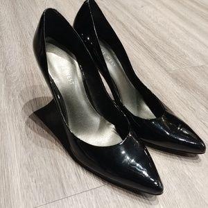 Nine West Pointy Toe Heels size 7